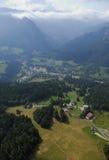 空中淡黄绿谷视图 库存照片