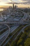 空中照片城市地平线和高速公路,西雅图,华盛顿,美国 免版税图库摄影