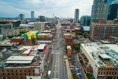 空中照片百老汇纳稀威田纳西街市市场面 免版税库存照片