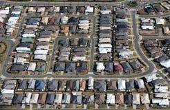 空中现代郊区 免版税库存图片