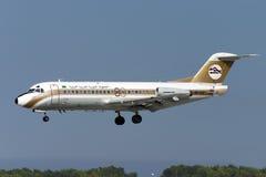 空中的意大利航空A319 库存图片
