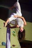 空中舞蹈执行者 库存照片