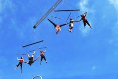 空中舞蹈表现展示 免版税库存图片