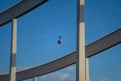 空中览绳在巴塞罗那 库存照片