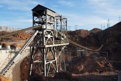 空中起重机水坝真空吸尘器 图库摄影