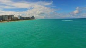 空中迈阿密waverunners在水2中 股票视频