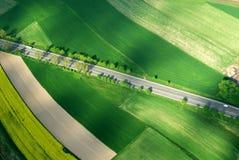 空中遥远的机动车路视图 库存图片