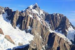 空中高山阿尔卑斯视图 免版税库存图片