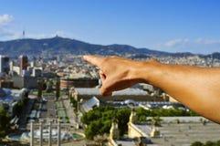 空中agbar巴塞罗那圆的跨线桥左边西班牙塔视图 库存图片