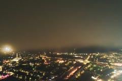 空中Townscape在晚上 免版税库存图片