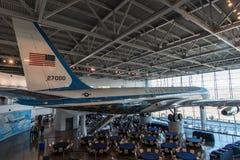 空军一号在罗纳德・里根总统图书馆, Simi谷,加利福尼亚 免版税库存图片