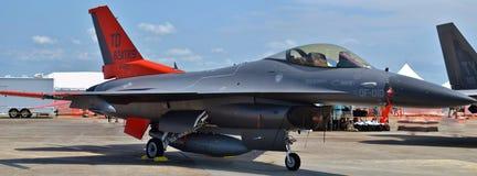 空军队QF-16寄生虫 库存图片