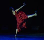 空和坚实现代舞蹈 免版税图库摄影