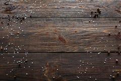 空木背景用香料 顶视图 免版税库存照片