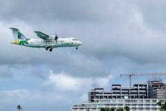 空气安的列斯中等双涡轮螺旋桨发动机地方飞机ATR 42-500 F-OIXH 库存图片