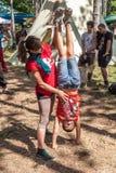 空气瑜伽 免版税库存图片