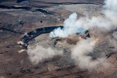 从空气的Kilauea破火山口 免版税图库摄影