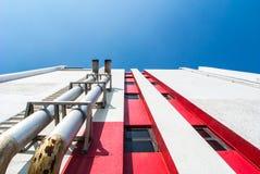 空气透气的管在大厦 免版税库存图片