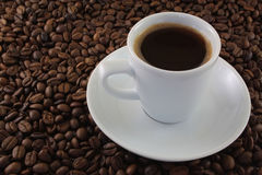 空白咖啡杯的谷物 图库摄影