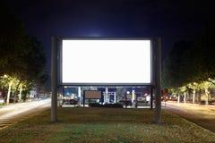 空白广告牌在晚上 图库摄影