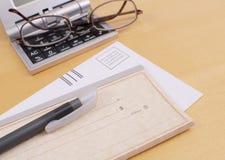 空白支票邮件 免版税库存图片