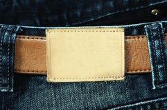空白斜纹布标签皮革 免版税库存照片