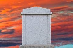 空白的墓碑 免版税库存图片
