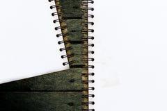 空白的文具在介绍和事务的黑木纹理背景设置了 免版税库存图片