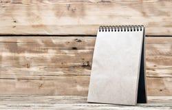 空白的桌面日历 免版税图库摄影