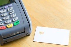空白的电子芯片信用卡 免版税库存图片