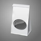 空白的白色传染媒介现实纸包装的袋子 库存照片