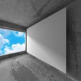 空白的白色海报横幅在有天空的具体屋子里 库存图片