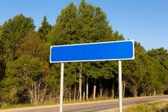 空白的蓝色路标 免版税图库摄影