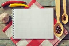 空白的食谱书 图库摄影