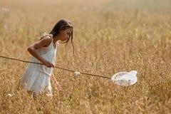 空白礼服的女孩 库存图片