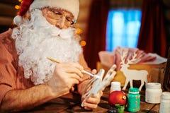 空白背景圣诞节玻璃查出的范围的玩具 免版税库存照片