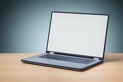 空白膝上型计算机屏幕 库存照片