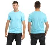 空白蓝色轻男性衬衣佩带 免版税库存照片