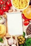 空白食谱书 免版税库存图片