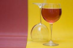 空的充分的玻璃酒 免版税库存照片