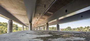 空的具体桥梁建筑全景 库存照片