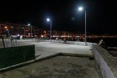 空的夏天镇在冬天晚上-土耳其 库存照片