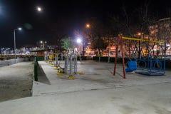 空的夏天镇在冬天晚上-土耳其 免版税库存照片