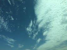 空的多云天空 图库摄影