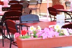 空的室外咖啡馆 图库摄影