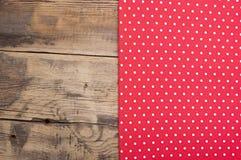 空的木甲板桌 免版税库存图片