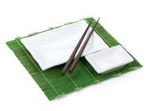 空的板材和筷子 库存照片