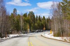 空的柏油路在芬兰 库存照片