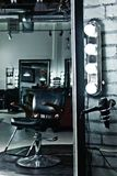 空的沙龙椅子 免版税库存图片