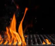 空的火焰状木炭格栅与开火 库存图片